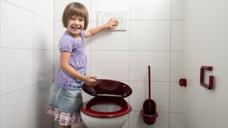 Kinder-Tiefspül-WCs mit integriertem Sitzring in Töpfchenform