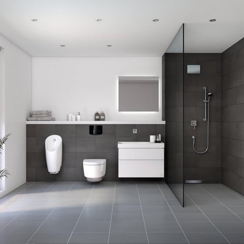 Badezimmer mit Geberit Produkten und Systemen